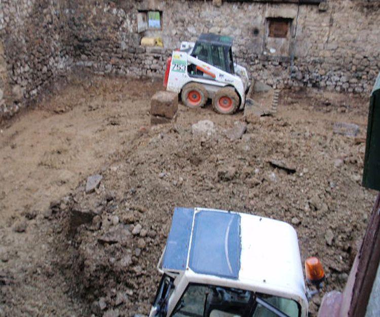 Demolición para rehabilitación de caseríos abandonados en Navarra