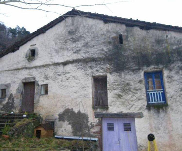 Rehabilitación de cubiertas y fachadas en Navarra - Antes