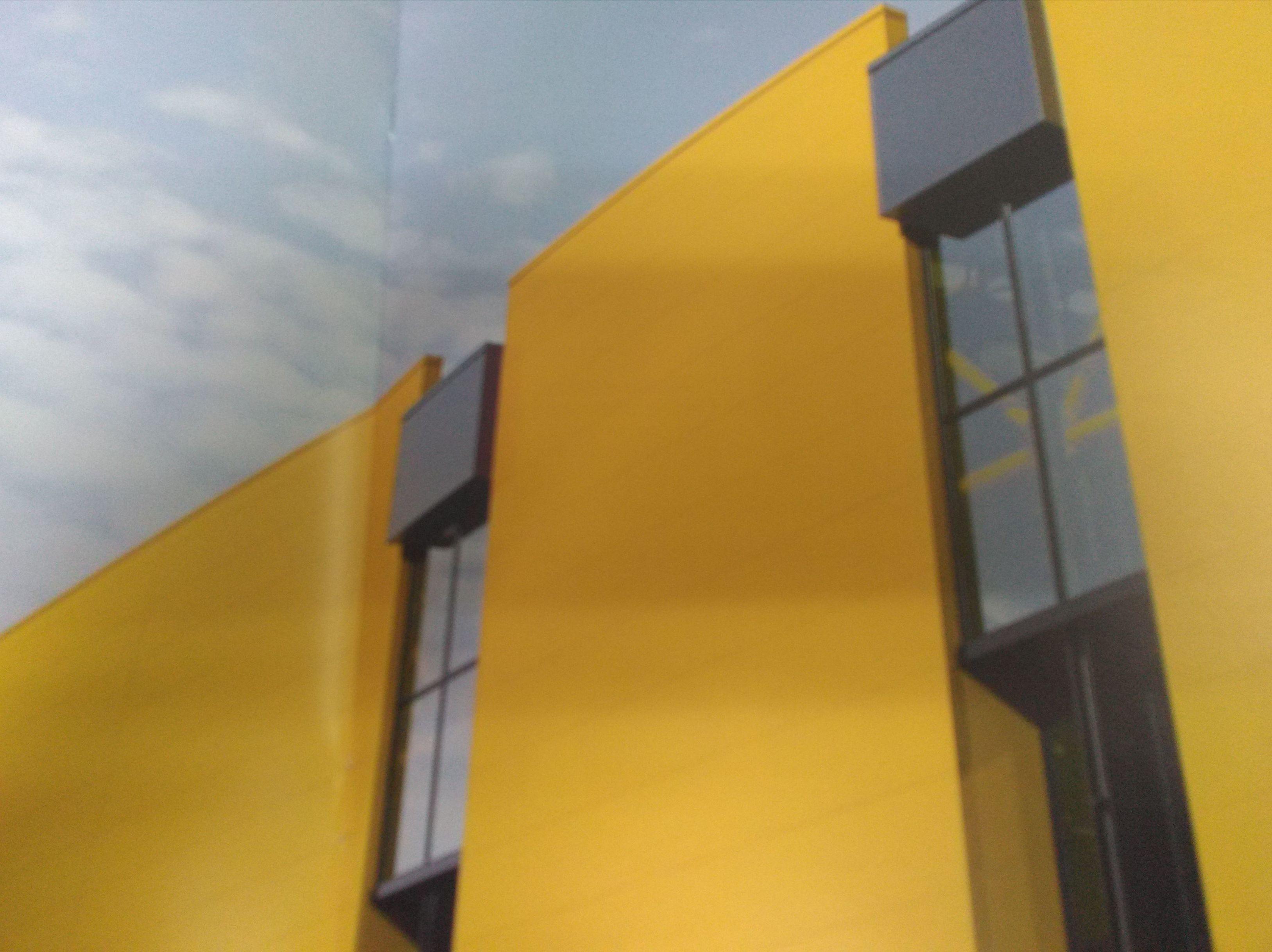 PANELES SANDWICH: Servicios de Exposición, Carpintería de aluminio- toldos-cerrajeria - reformas del hogar.