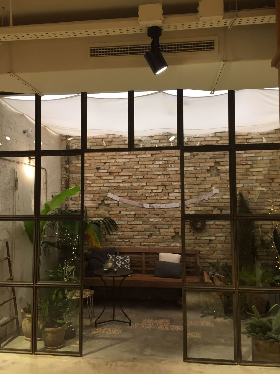 DECORACION INDUSTRIAL: Servicios de Exposición, Carpintería de aluminio- toldos-cerrajeria - reformas del hogar.
