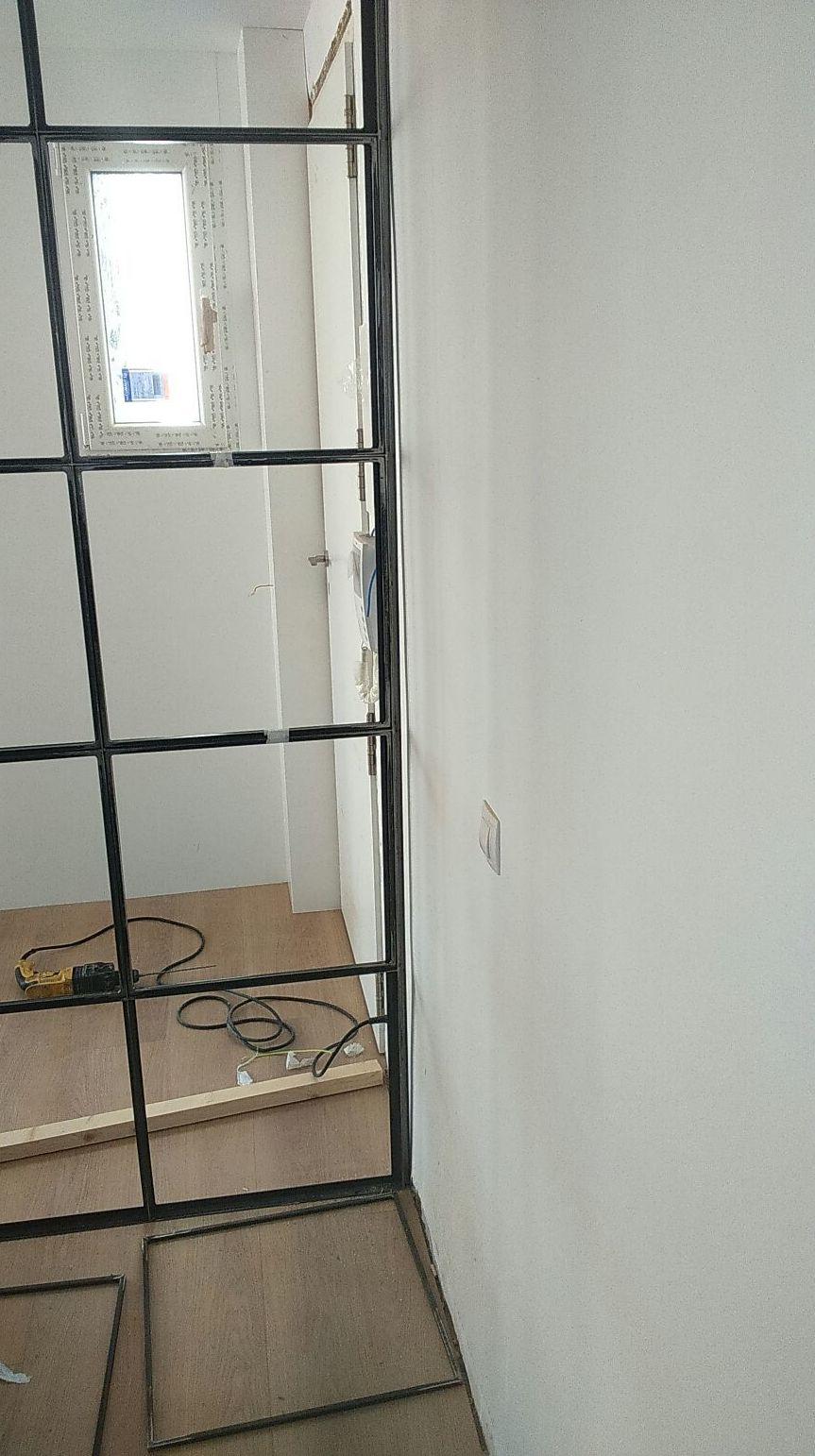 DIVISORIA: Servicios de Exposición, Carpintería de aluminio- toldos-cerrajeria - reformas del hogar.