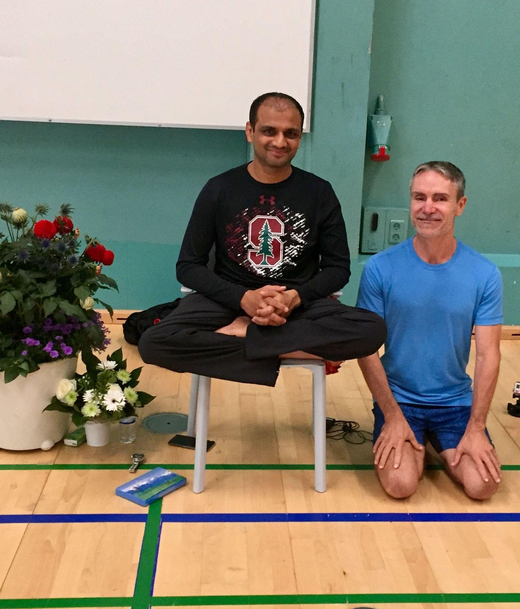 Pepe M Mas con nuestro maestro Sharath Sois en Copenhague este verano