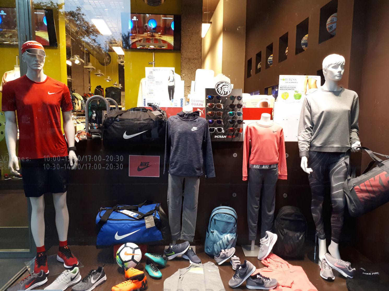Foto 10 de Tiendas de deporte en Castro-Urdiales | Zona Sport