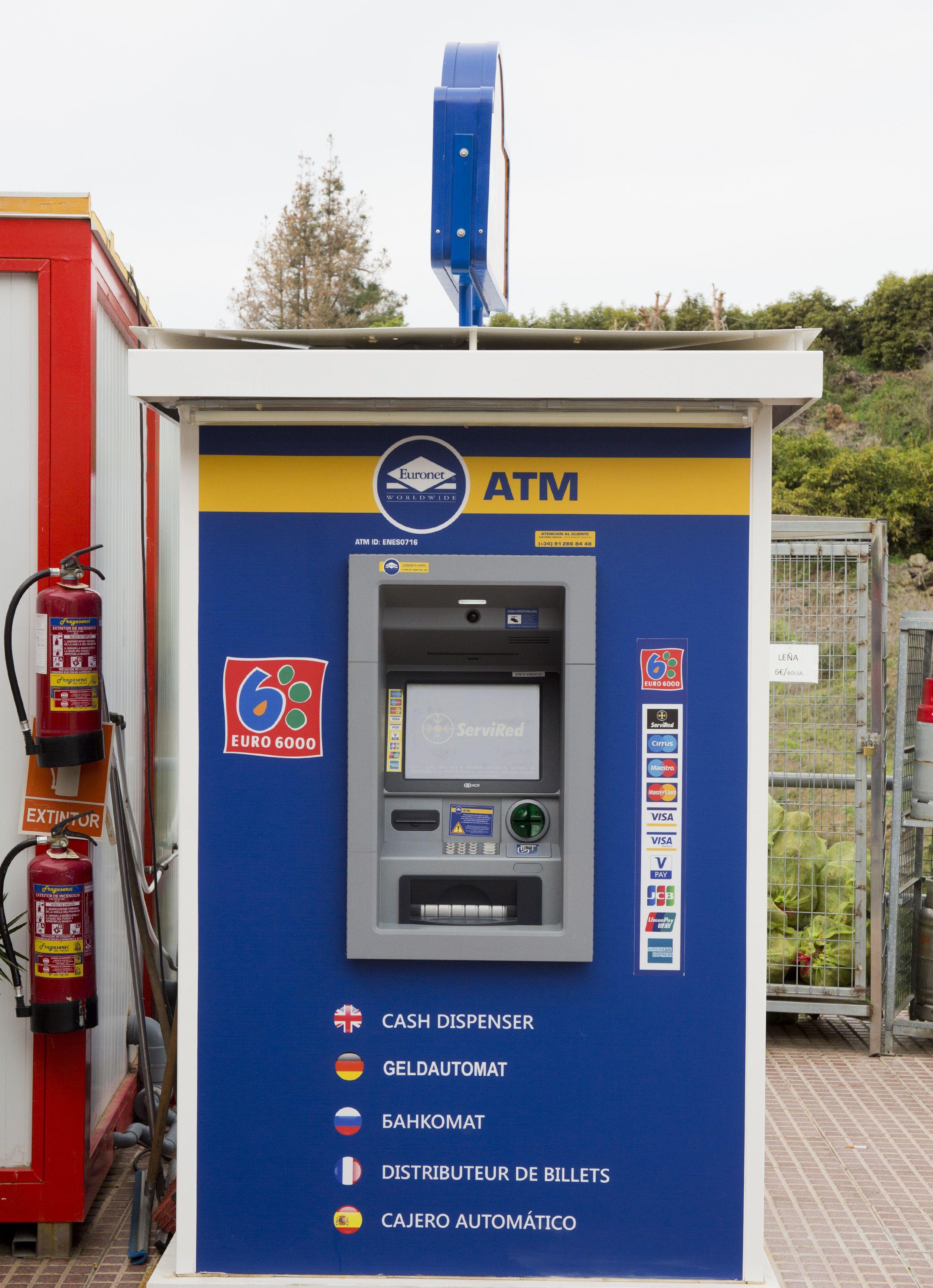 En Cepsa Cajiz disponemos de cajero automático