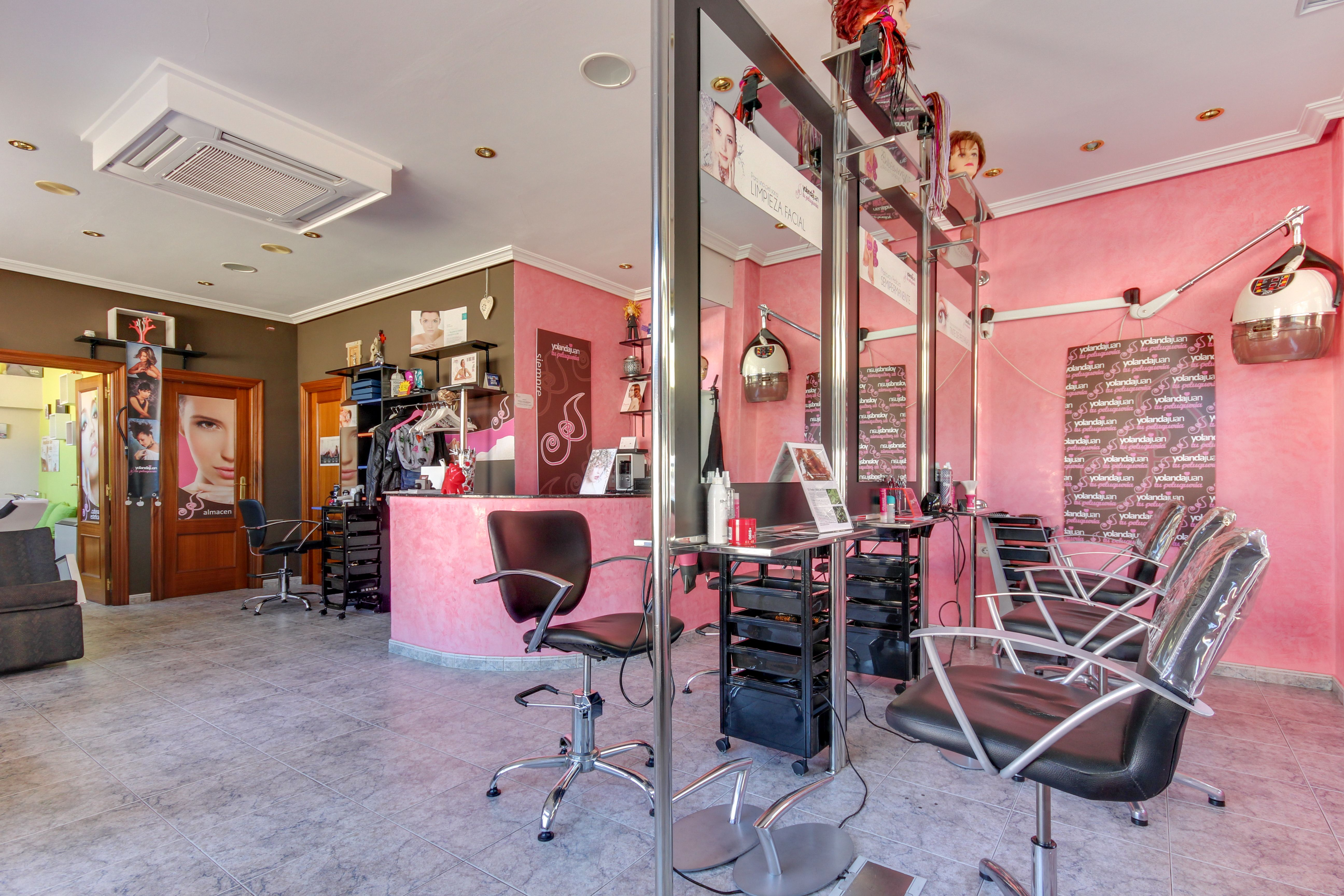 Salón de peluquería en Salamanca