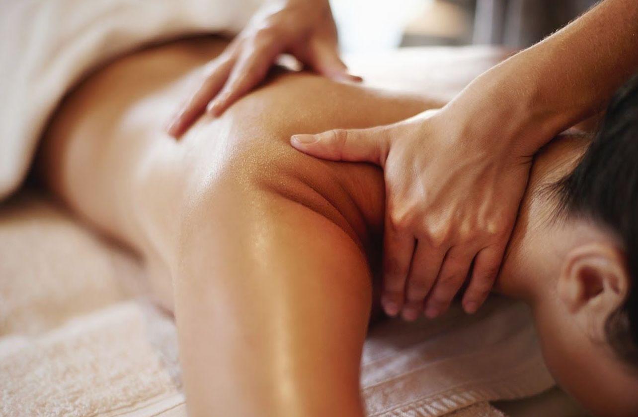 Envoltura de algas microestalladas con masaje drenante: Tratamientos de Centro Hipatía Terapias Naturales