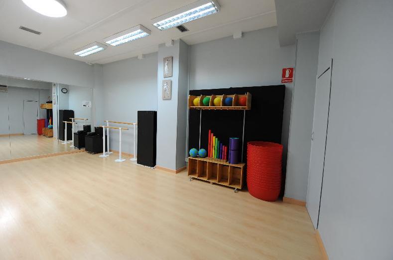 Aulas totalmente equipadas para la danza en Madrid