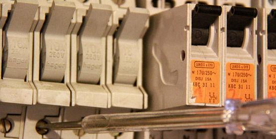 Servicio a comunidades: Servicios de Electricastur