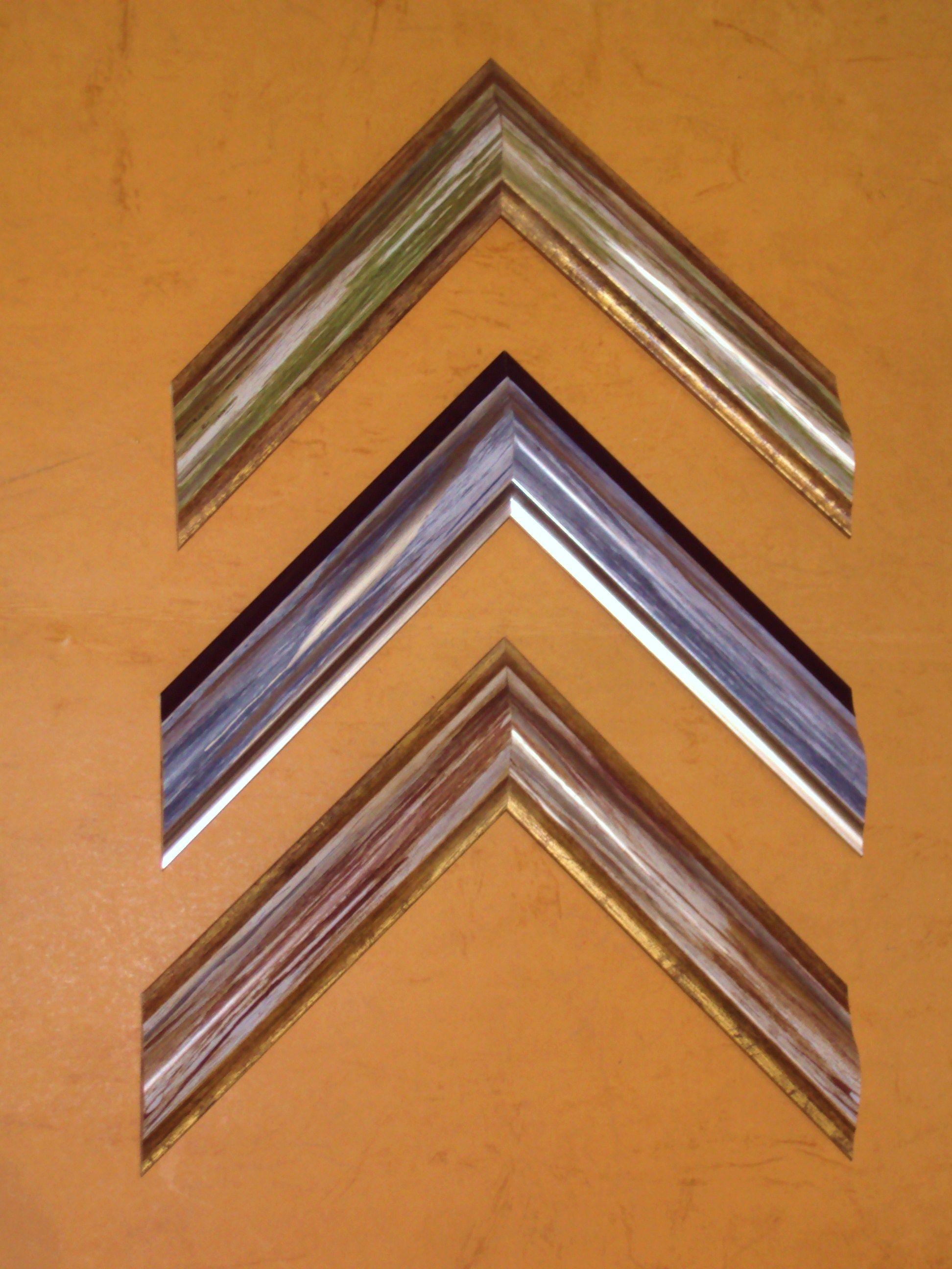 Novedades en oro-color: Catálogo de Cristalería y taller de enmarcación Urgel