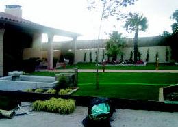DISEÑO, FUENTE , PALTERES Y CESPED ARTIFICIAL  Robledo de Chavela - Madrid http://www.hermanosmanzanojardines.es/es/