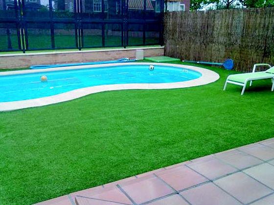 MAntenimiento de piscinas  Robledo de Chavela - Madrid http://www.hermanosmanzanojardines.es/es/