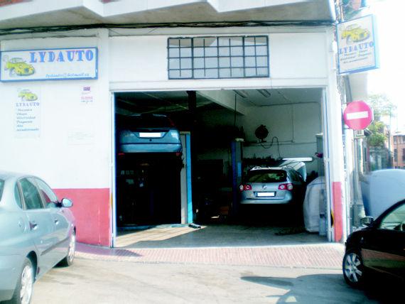 Foto 1 de Talleres de automóviles en Colmenar Viejo | Automotor Lydauto