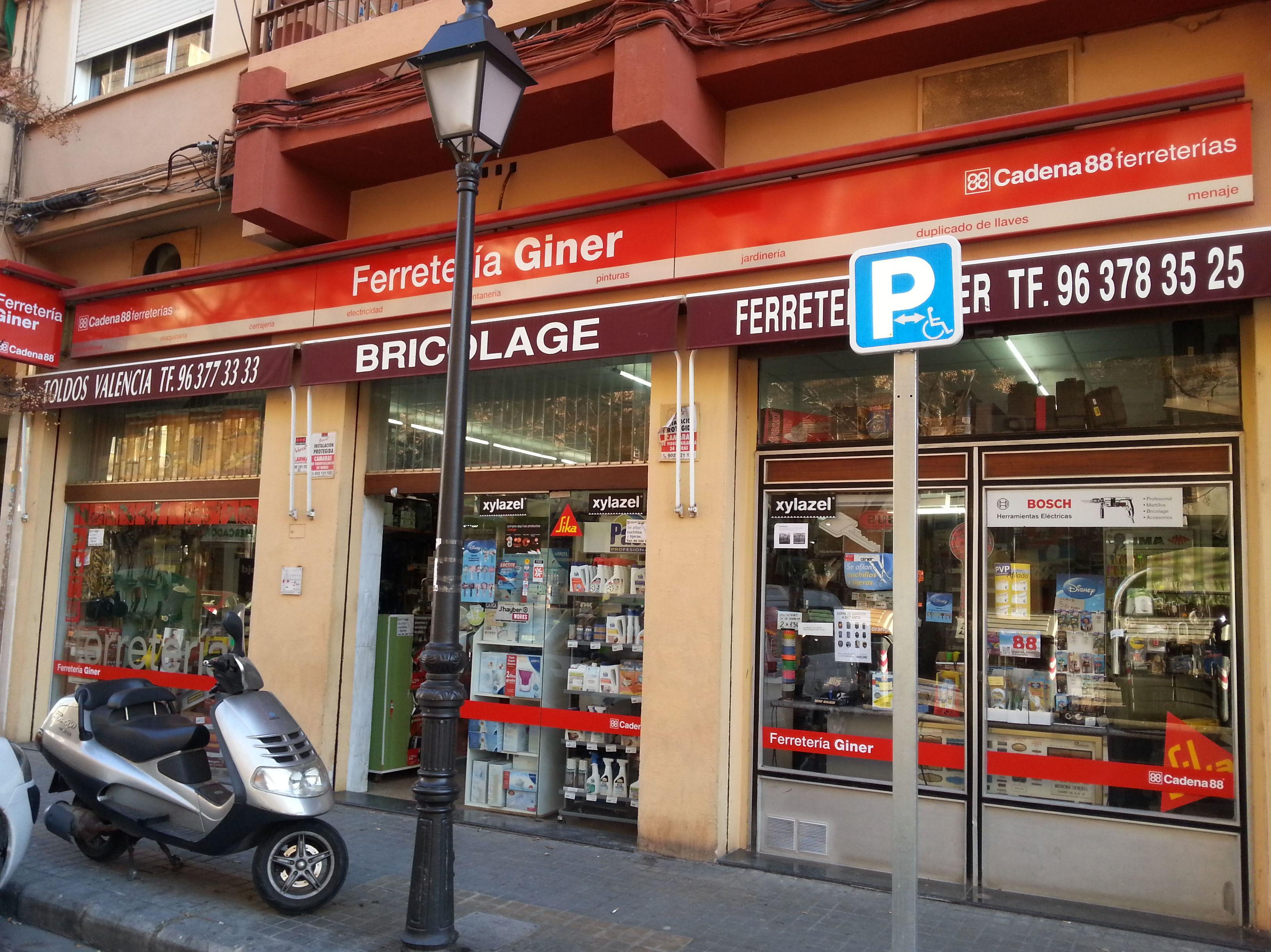 Foto 24 de Ferreterías en Valencia | Ferretería Giner
