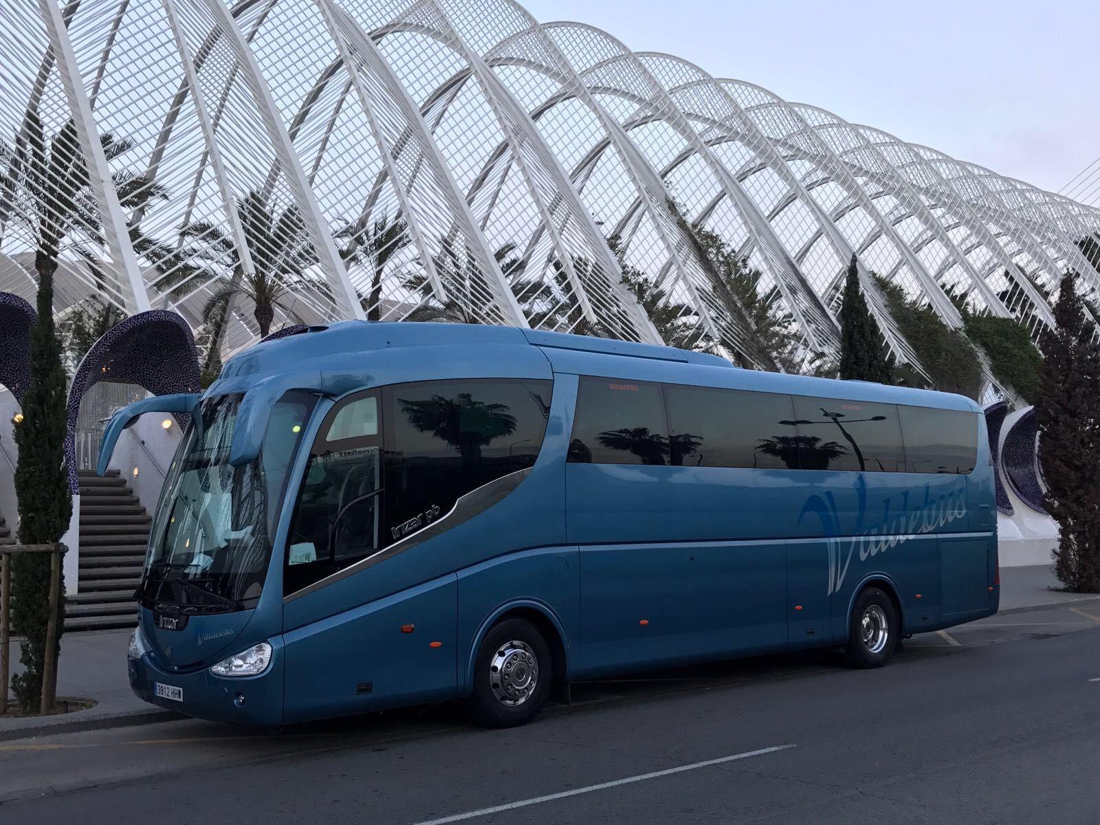 Alquiler de autocares para rutas turísticas