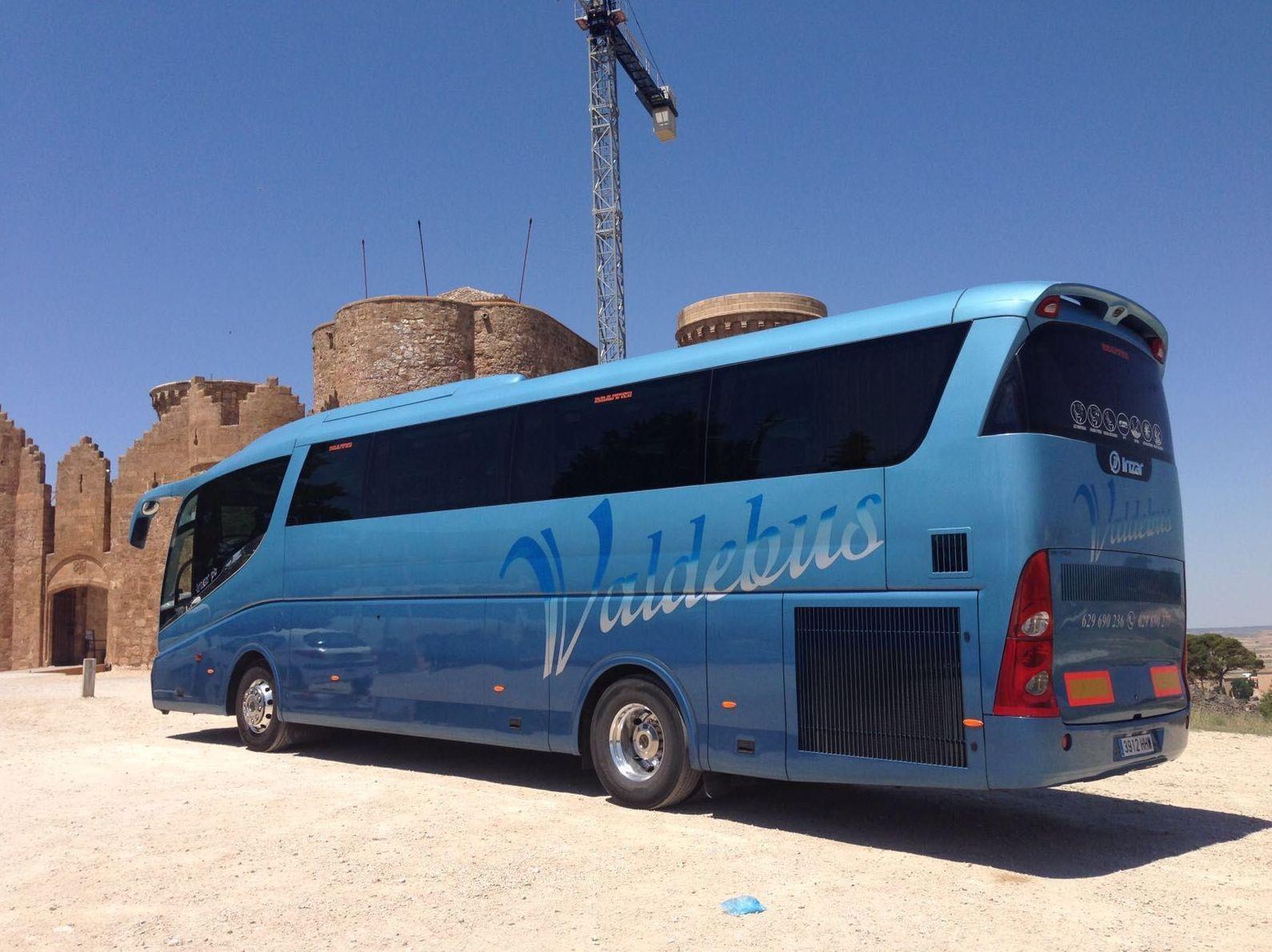 Alquiler de autocares, minibuses y transporte : Servicios de Valdebus
