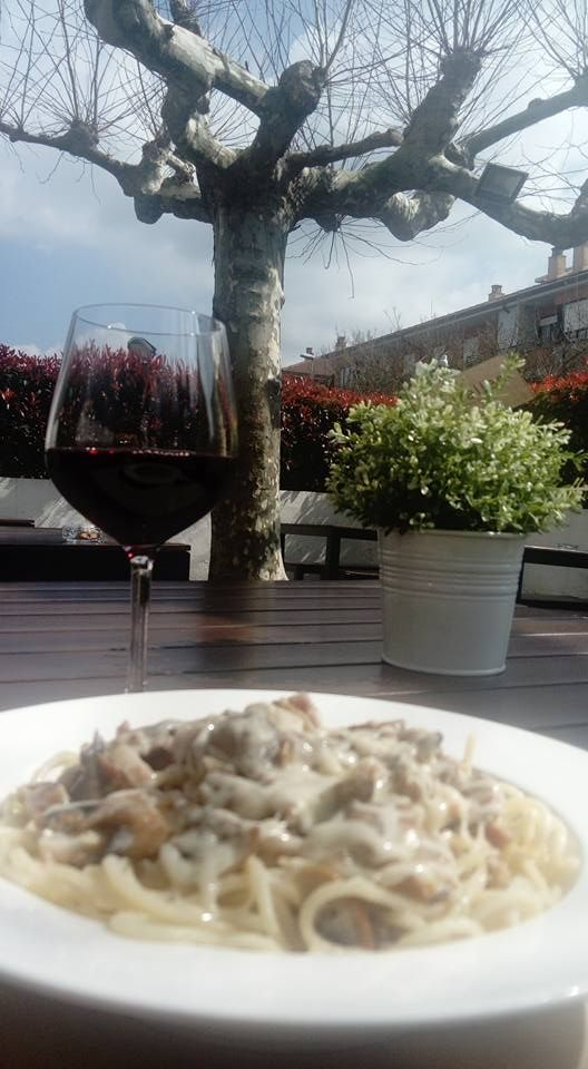 Restaurante con amplia bodega de vinos en Donosti