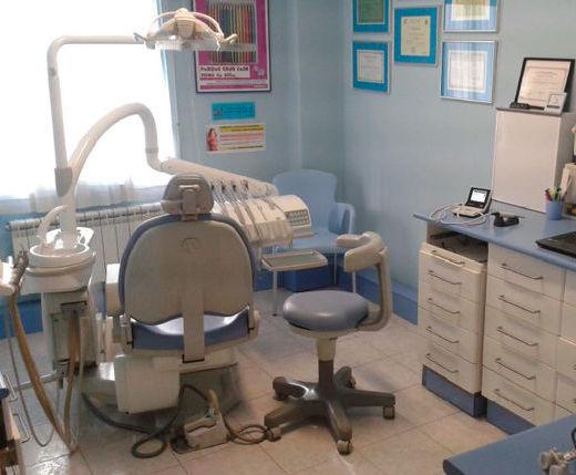 Prótesis dental: Servicios que ofrecemos de Clínica Dental Dr. Delgado y Dra. Díaz