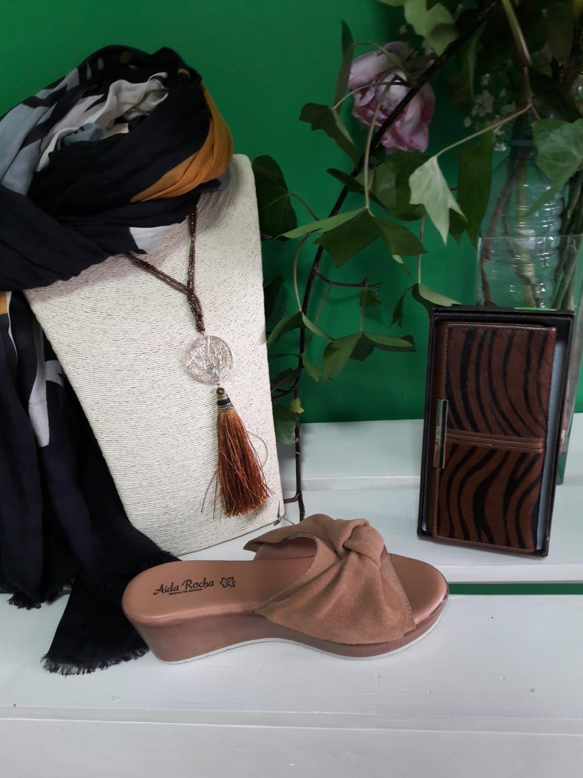 Complementos y calzado de marca