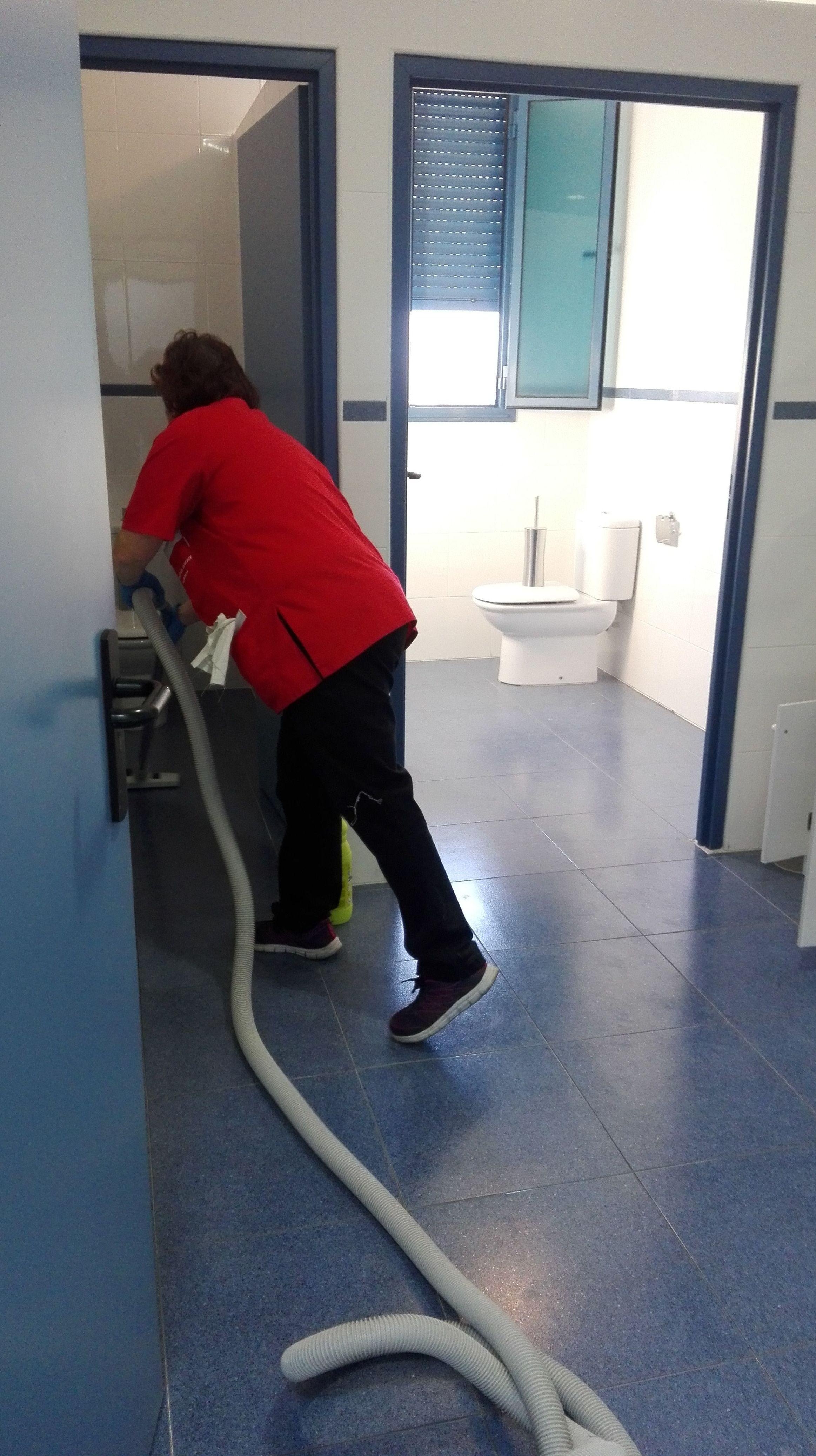 Foto 1 de Empresas de limpieza en Bembibre | Limpiezas Ebenezer