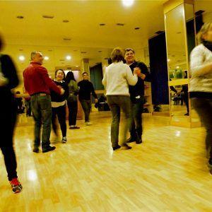 Ritmos latinos: Servicios de Animación sociocultural Nydia