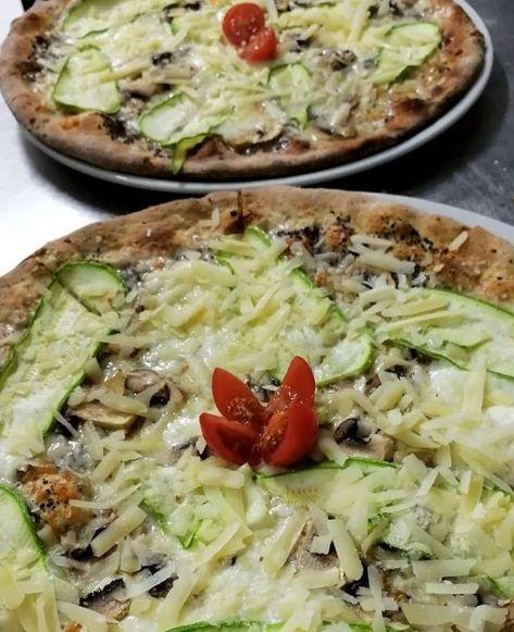 Pizzas blancas: Carta de Rustico Pizza e Vino