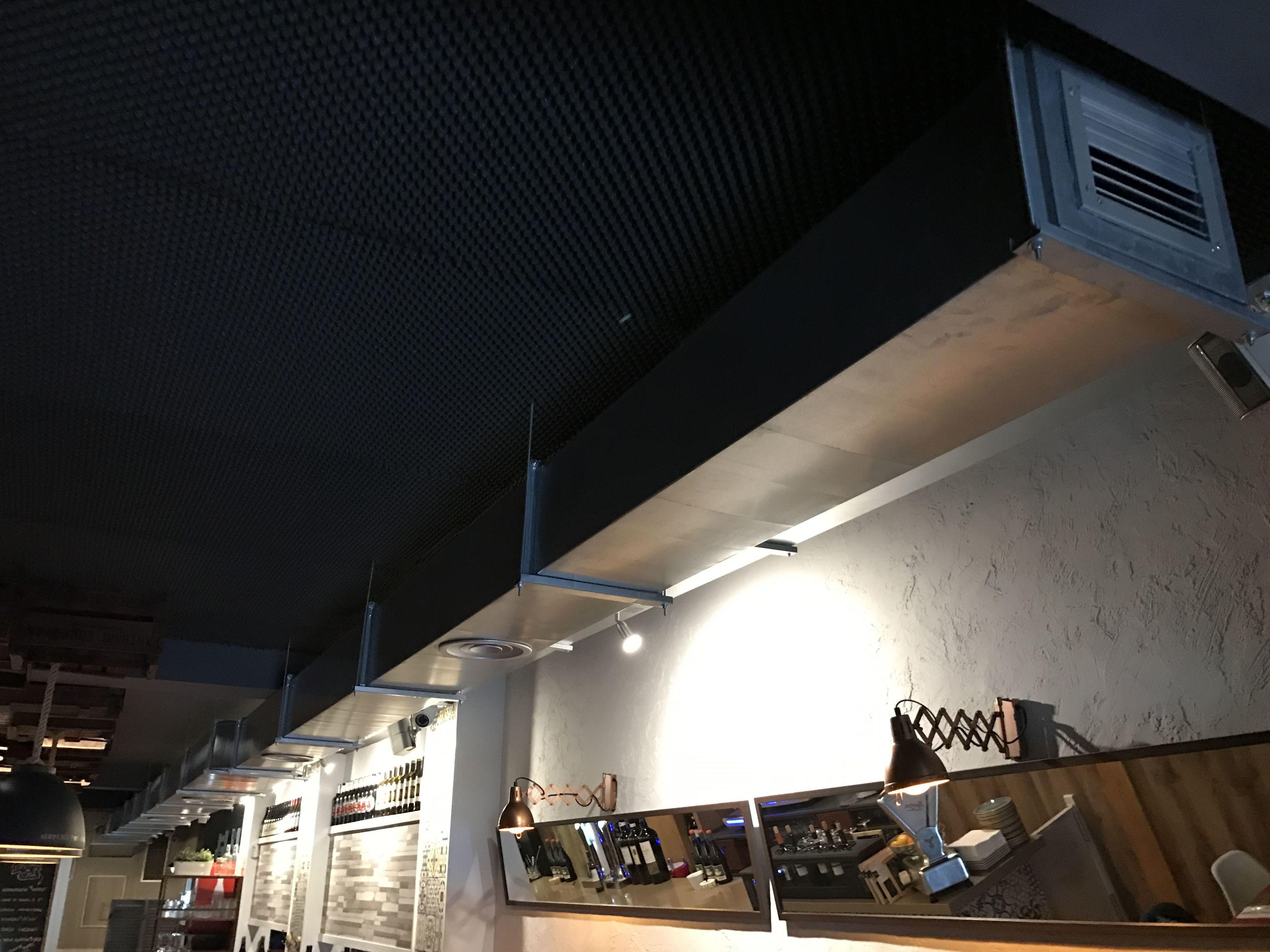 Instalación de equipos de frío en restaurante