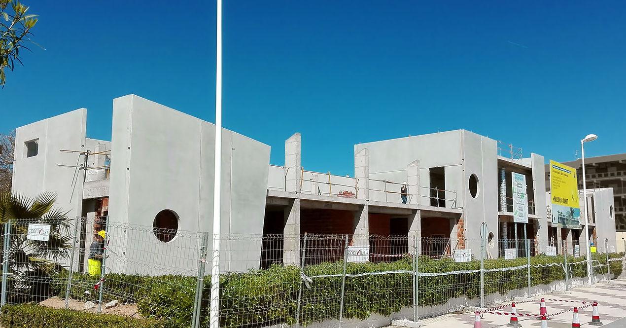 Balcón al Mar. Construcción de edificio de extensión administrativa en Canet d'En Berenguer.