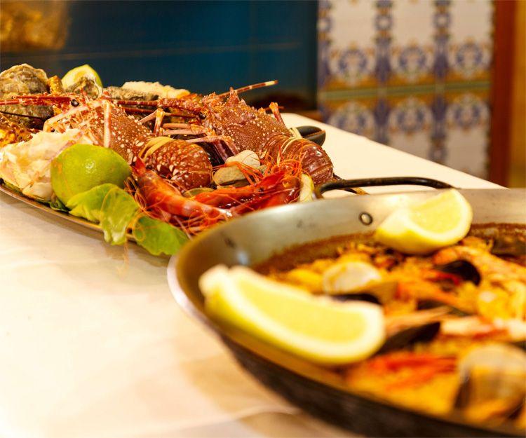 Paellas y mariscos en nuestros menús