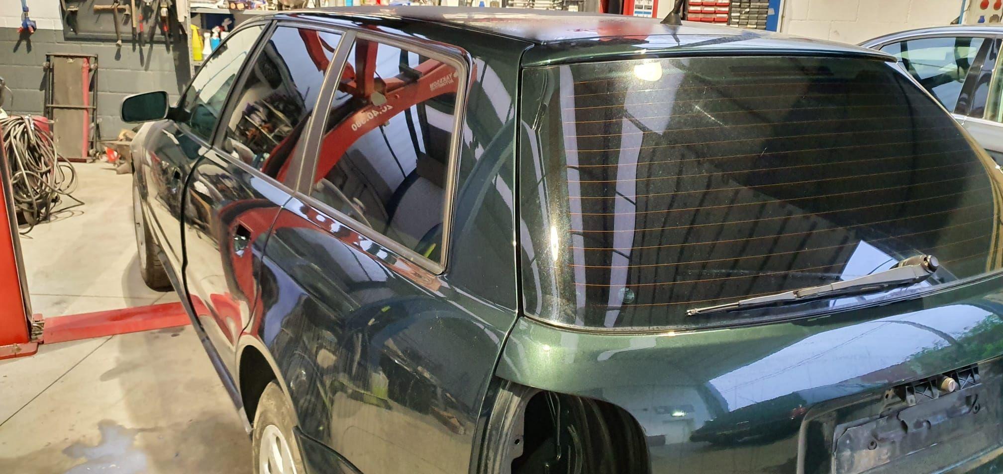 Foto 130 de Cristalería del automóvil en  | Tintado de Lunas Asturias