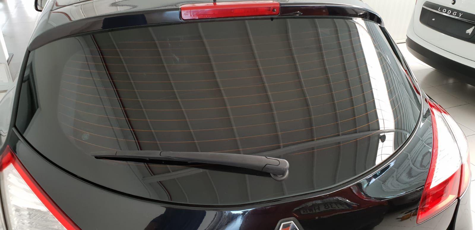 Foto 1300 de Cristalería del automóvil en  | Tintado de Lunas Asturias