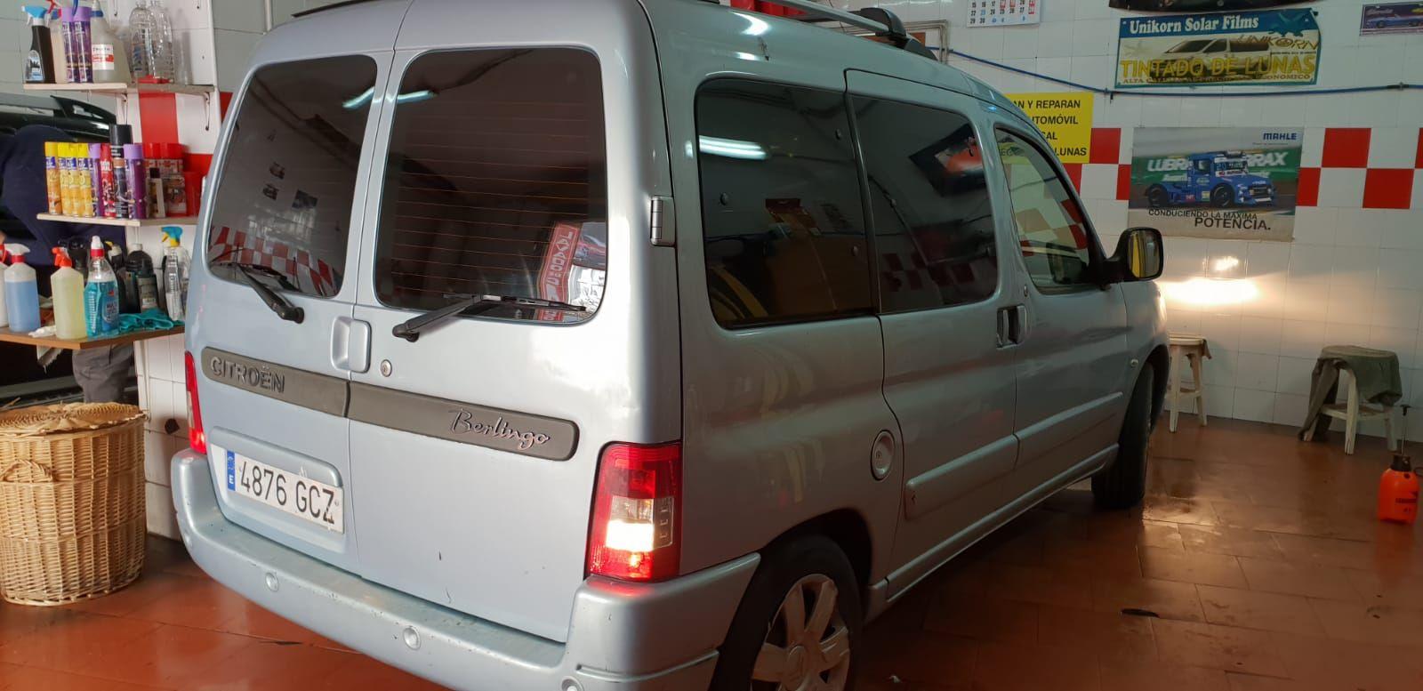 Foto 232 de Cristalería del automóvil en Gijón | Tintado de Lunas Asturias
