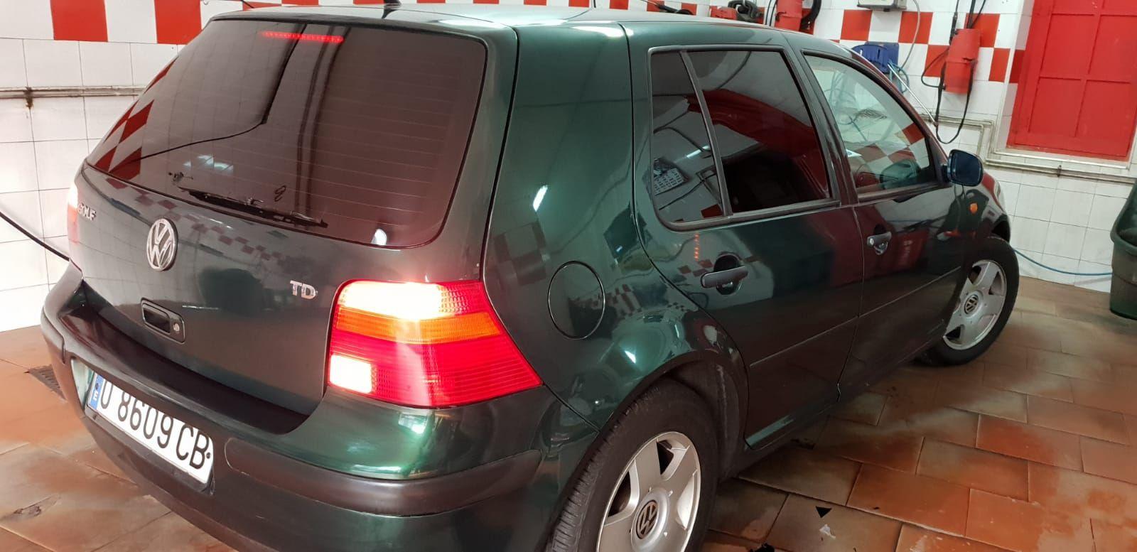Foto 1338 de Cristalería del automóvil en  | Tintado de Lunas Asturias