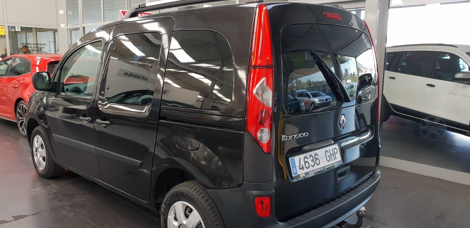 Foto 775 de Cristalería del automóvil en    Tintado de Lunas Asturias
