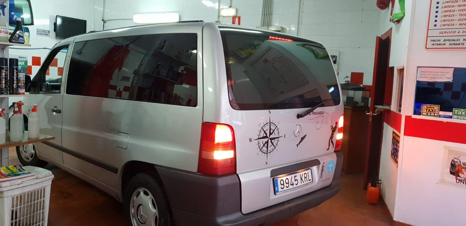 Foto 1179 de Cristalería del automóvil en    Tintado de Lunas Asturias