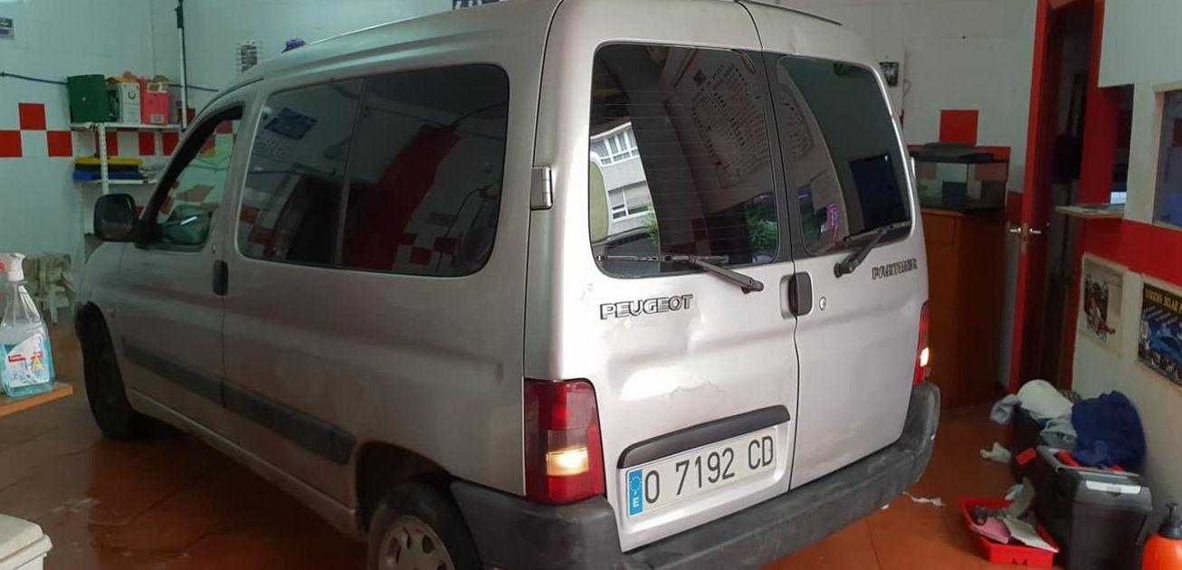 Foto 472 de Cristalería del automóvil en Gijón | Tintado de Lunas Asturias