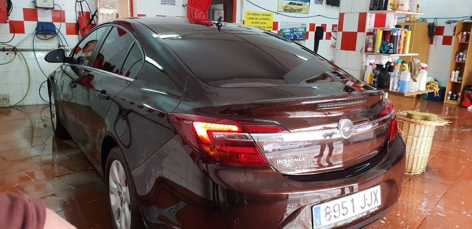 Foto 235 de Cristalería del automóvil en Gijón | Tintado de Lunas Asturias