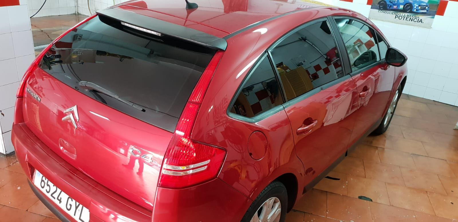 Foto 824 de Cristalería del automóvil en  | Tintado de Lunas Asturias