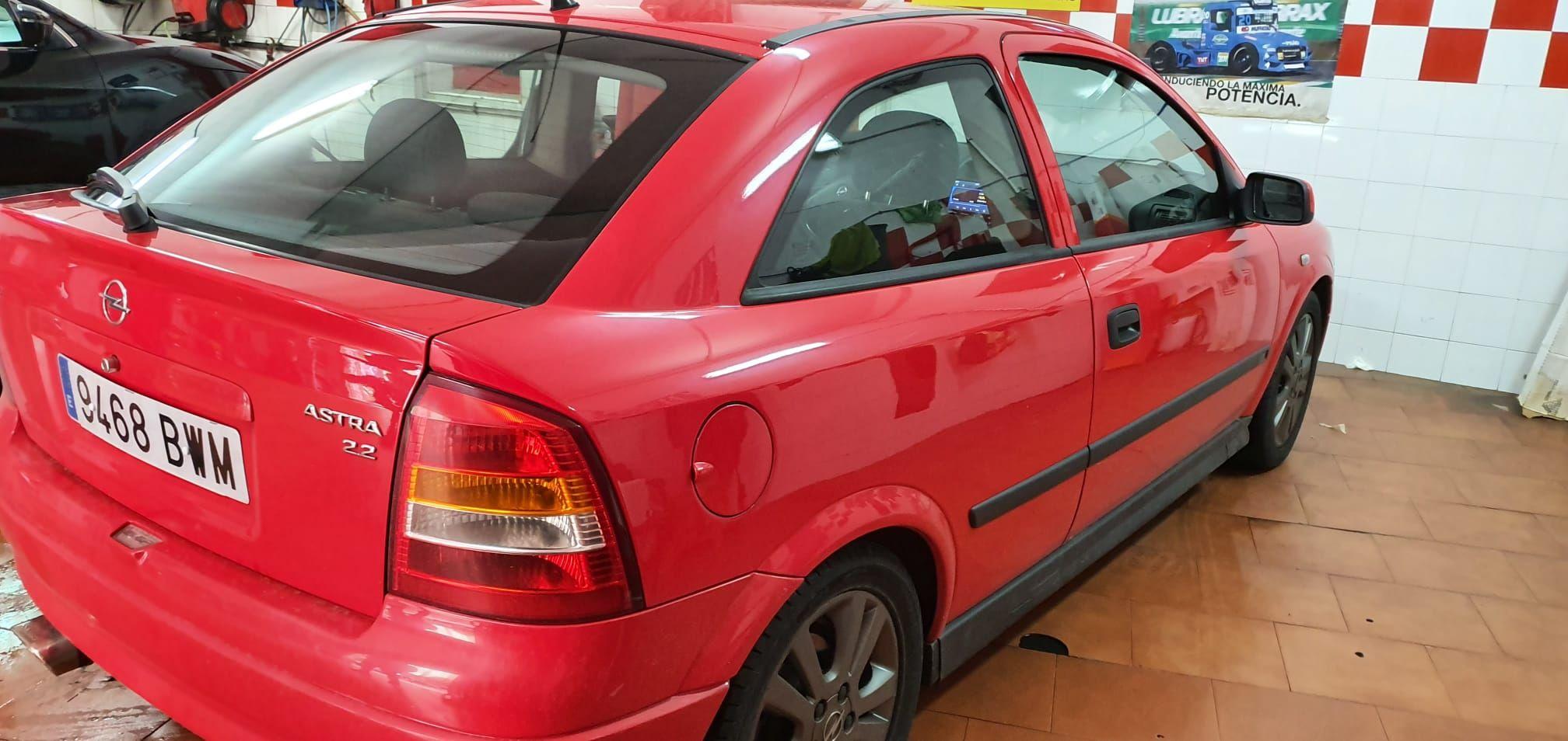 Foto 137 de Cristalería del automóvil en  | Tintado de Lunas Asturias