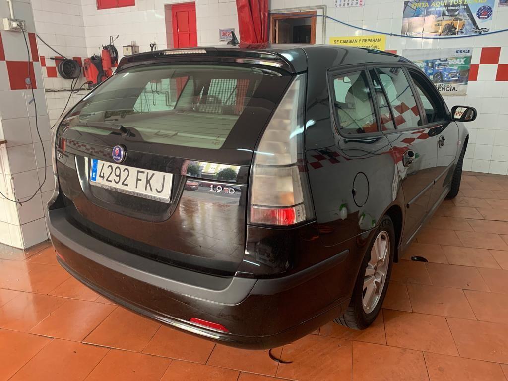 Foto 247 de Cristalería del automóvil en    Tintado de Lunas Asturias