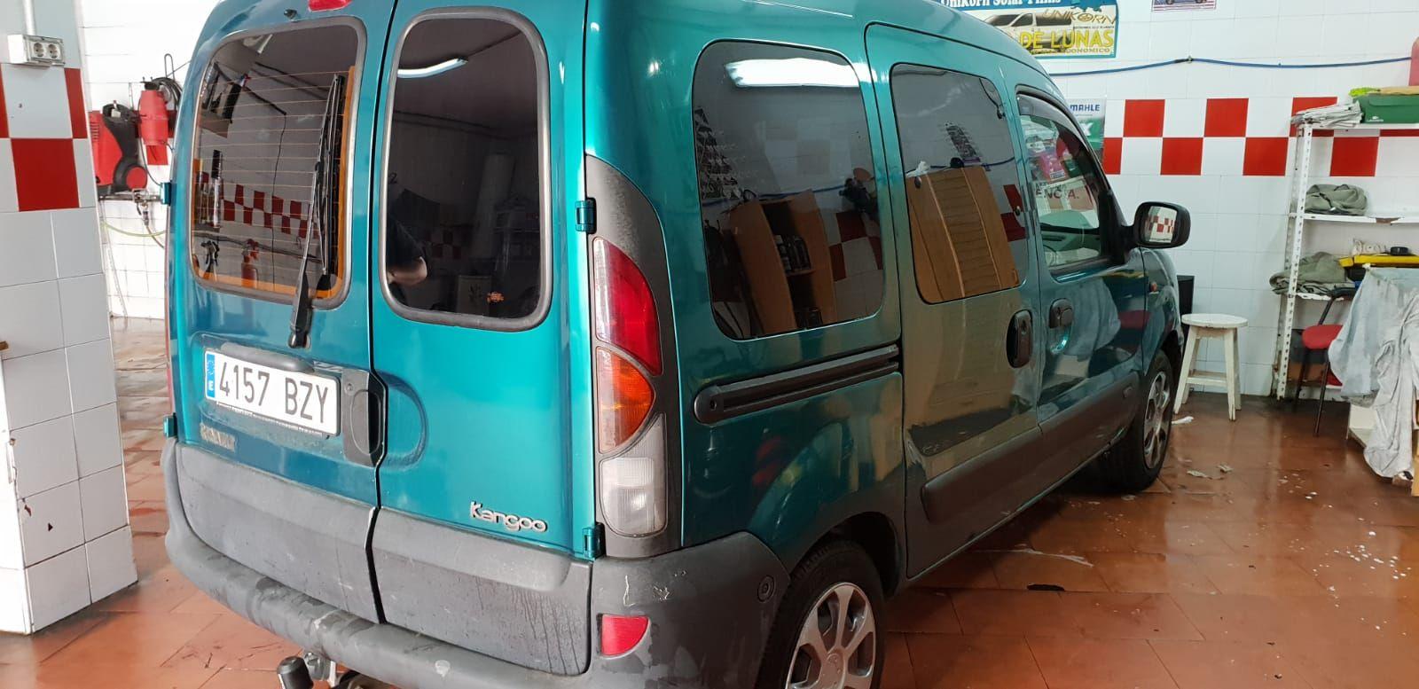Foto 508 de Cristalería del automóvil en Gijón | Tintado de Lunas Asturias
