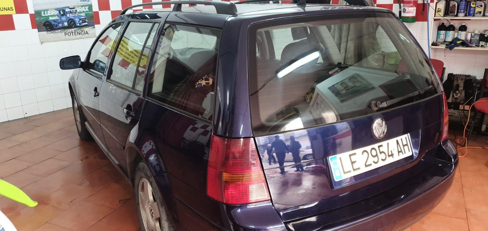 Foto 17 de Cristalería del automóvil en    Tintado de Lunas Asturias