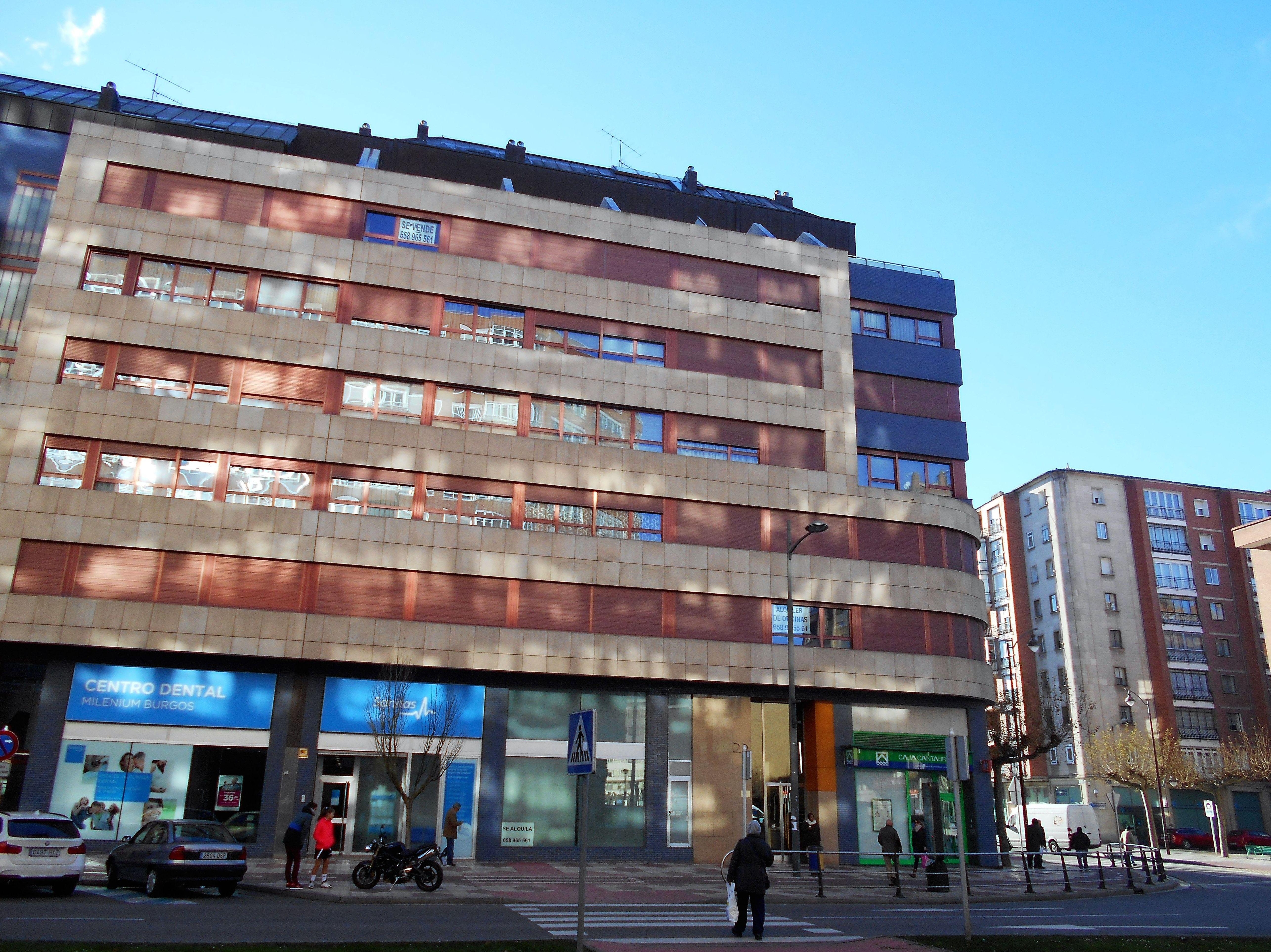 Piso Avda.La Paz: Venta y alquiler de inmuebles de Inmobiliaria Renedo