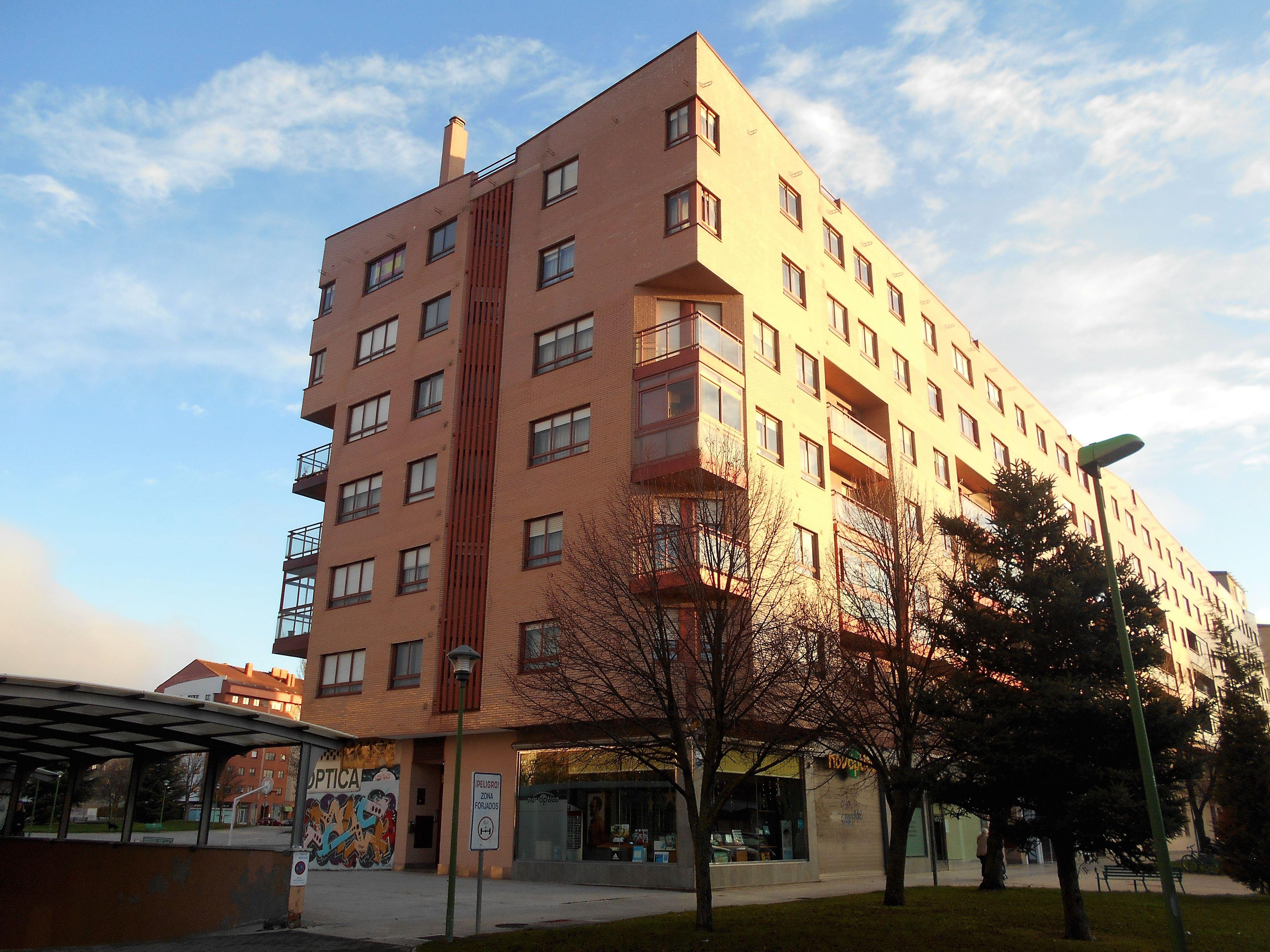 Piso G-2: Venta y alquiler de inmuebles de Inmobiliaria Renedo