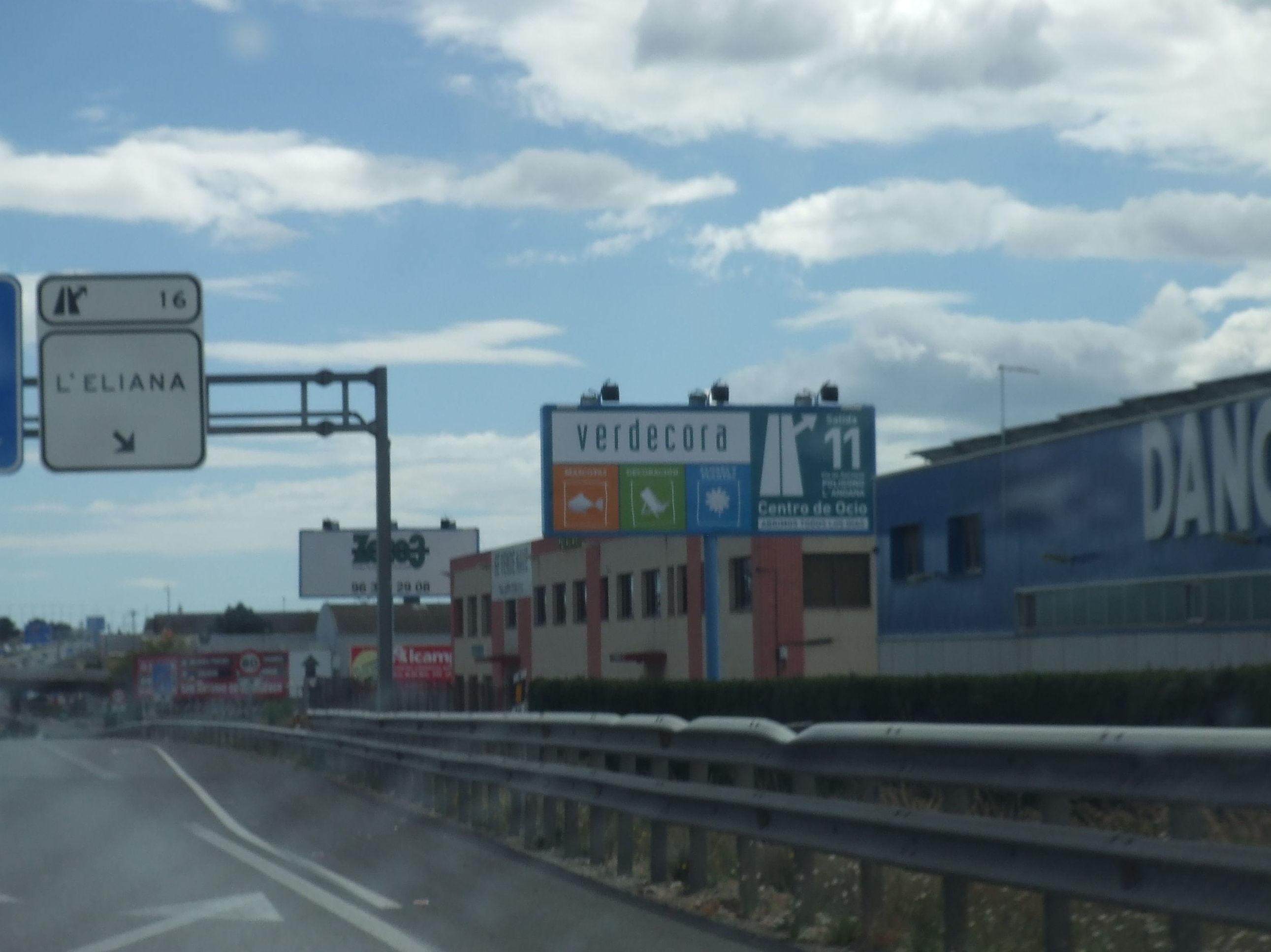 Foto 17 de Soportes publicitarios en Valencia | Zoco 3