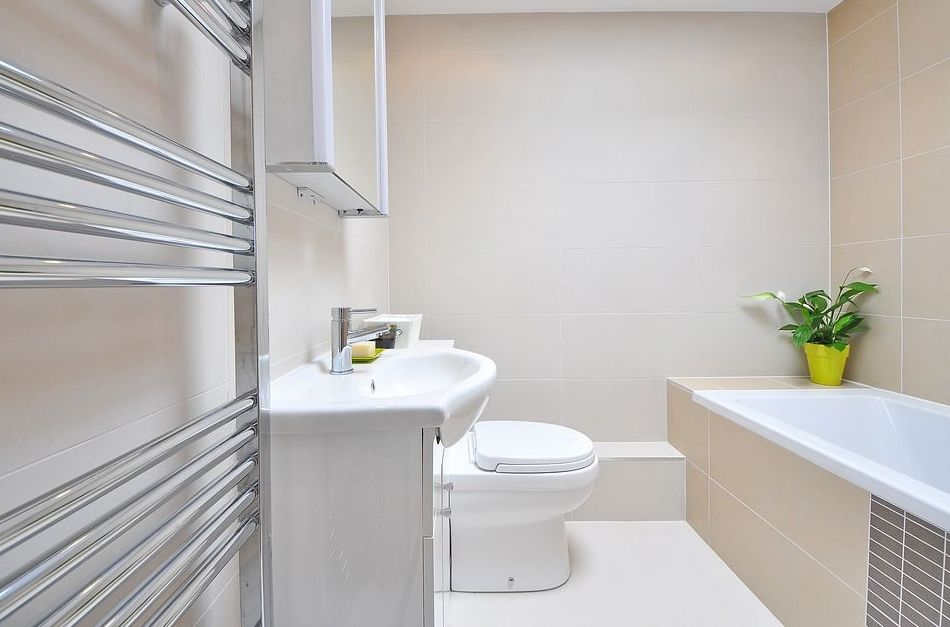 Radiadores toallero: Servicios de Saneamientos Tagas