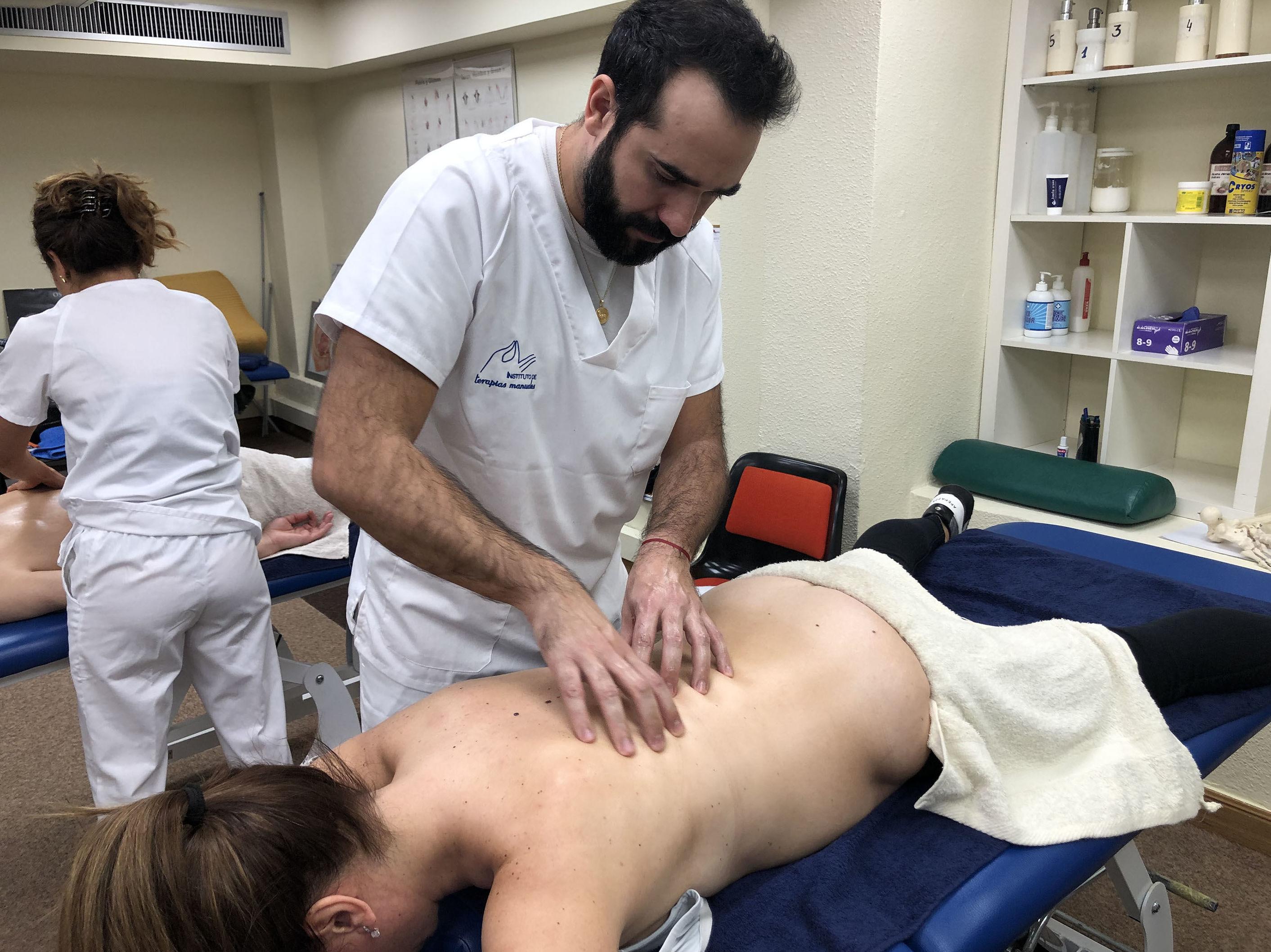 Foto 35 de Academias de enseñanzas sanitarias en Bilbao | Instituto de Terapias Manuales