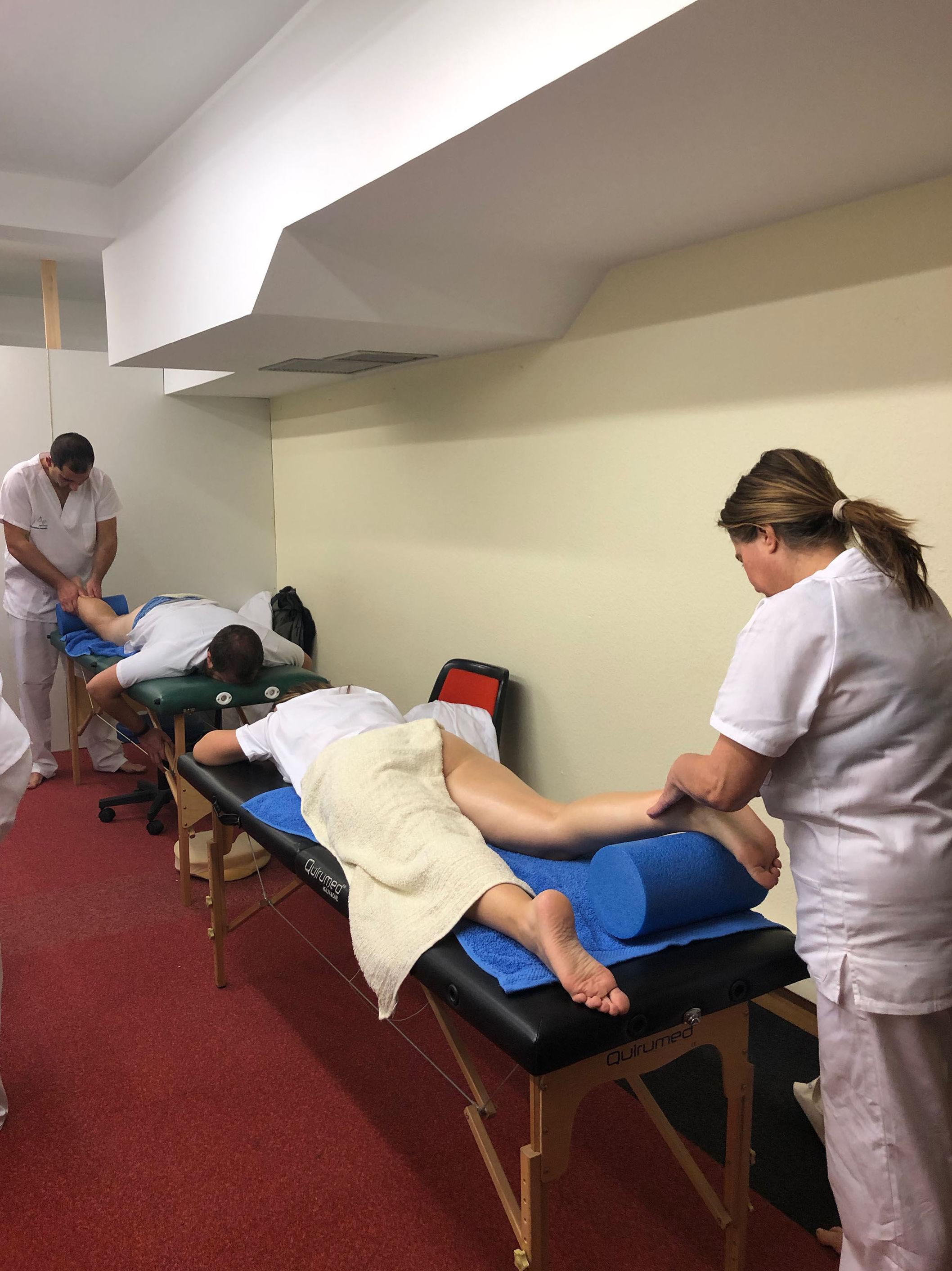 Foto 34 de Academias de enseñanzas sanitarias en Bilbao | Instituto de Terapias Manuales