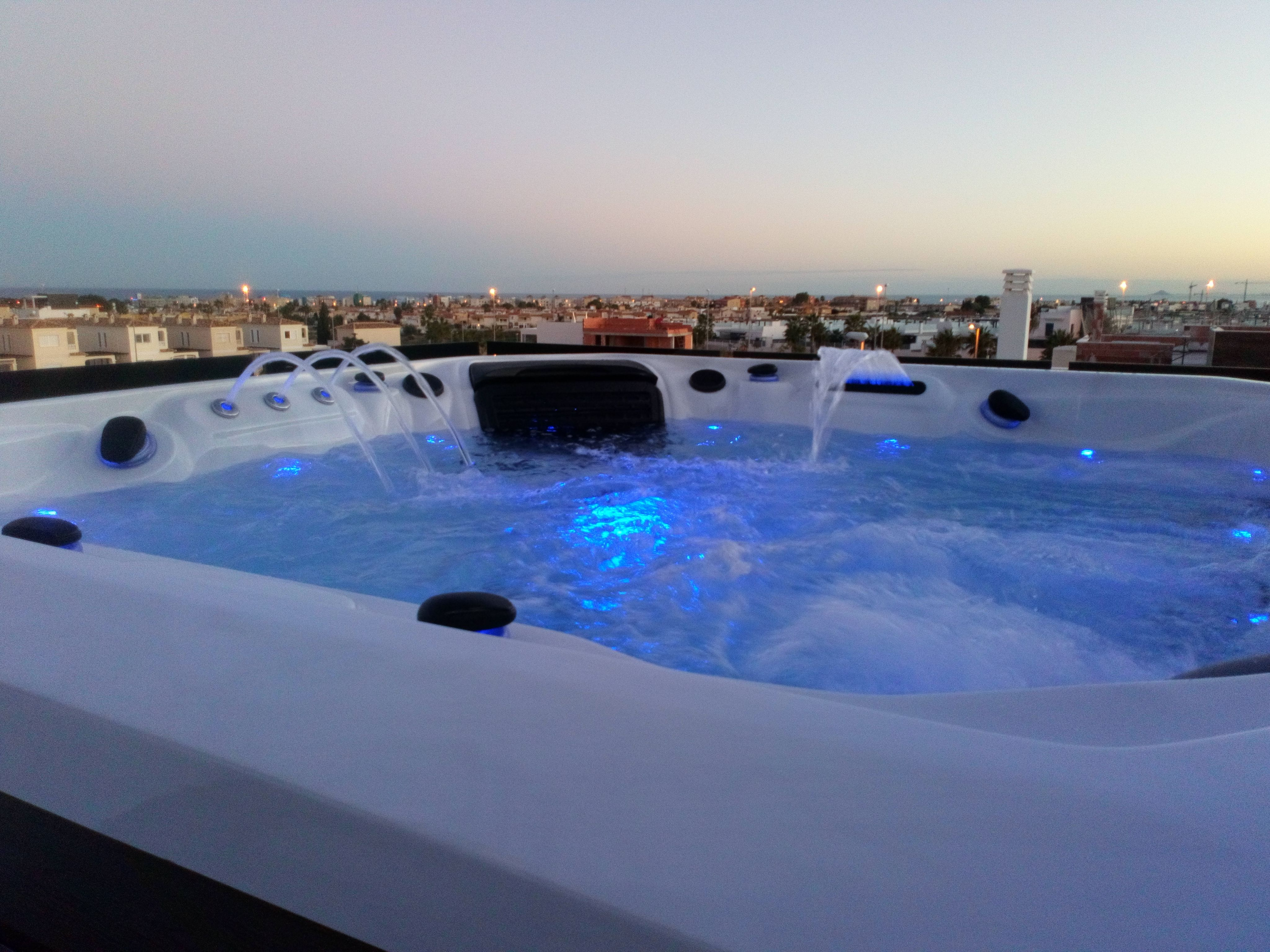 Foto 23 de Spas, piscinas y jacuzzis en Los Montesinos | Agua Flo