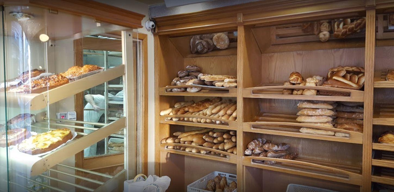 Reparto de pan Val Miñor