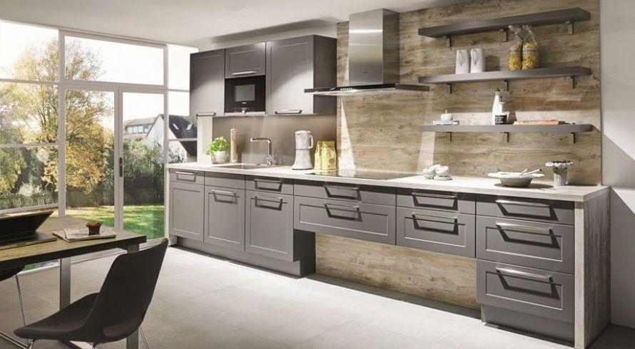 Cocina rústica en color gris pizarra
